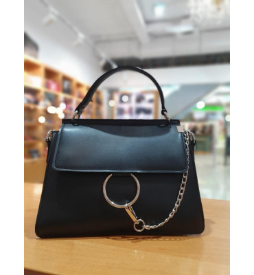 Женская сумка из качественной экокожи, цвет черный, 27-20-9 см