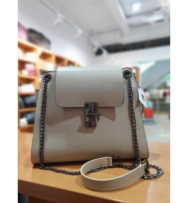 Женская сумка из качественной экокожи, цвет бежевый, 28-23.5-13 см